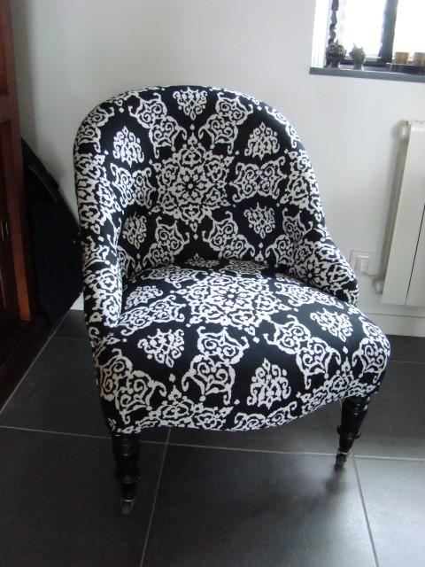 Fauteuil crapaud restauration cherbourg octeville marie - Petit fauteuil capitonne ...